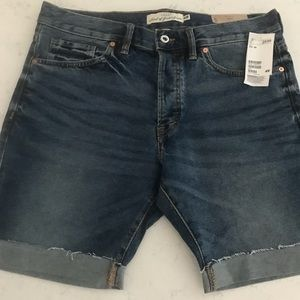 Blue denim Bermuda shorts from H&M